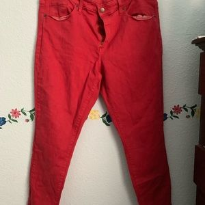 Red skinny jeans!!